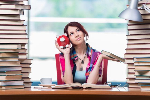распоряжаться финансами во время обучения в Чехии